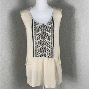 LoveStitch Embroidered Tunic Style Top